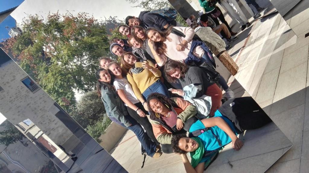 Anna Leone et sa classe en France
